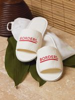 932601267-173 - Cobblestone Mills Open Toe Waffle Weave Slippers w/Travel Bag - thumbnail